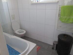 eemstraat-badkamer.JPG