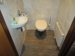Adenauerlaan 19 Toilet.JPG